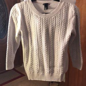 3/4 length sleeve sweater